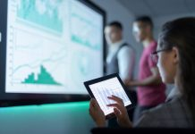 How to Deliver Data-Driven Experiences